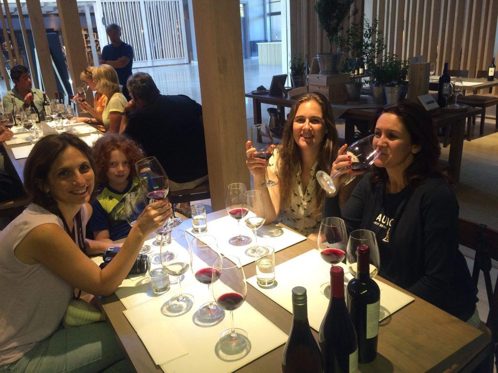 טעימת יינות ביקב