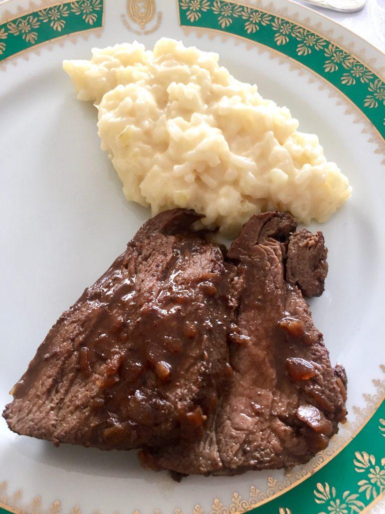 בקר עם אורז, מנה ברזילאית