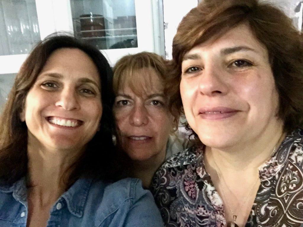 עם שרה ופלביה הארגנטינאיות