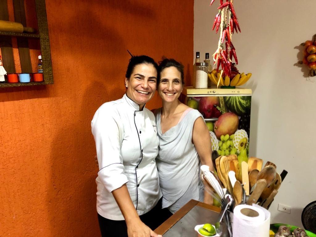 עם השף סימון שלימדה אותי להכין דג בחלב קוקוס ברזילאי (Moqueca)