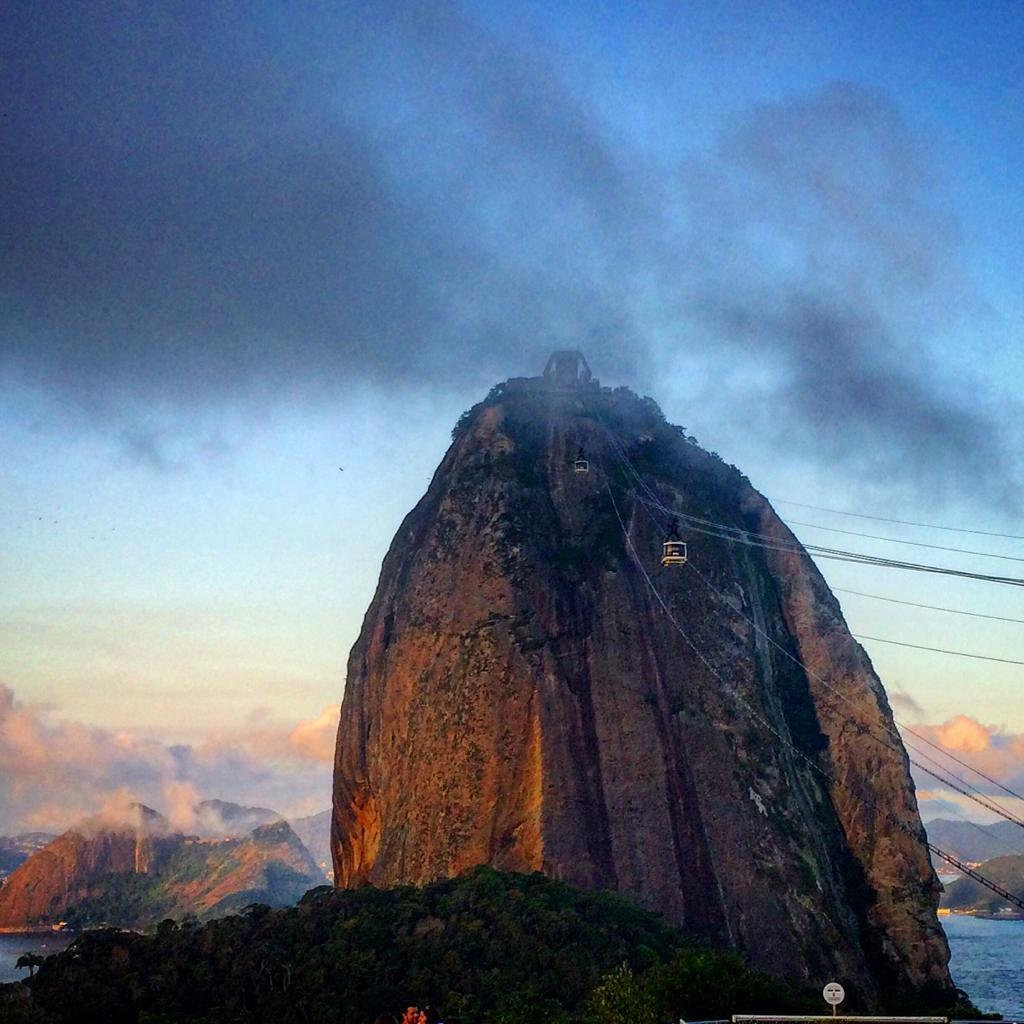 הפסגה הגבוהה של הר הסוכר