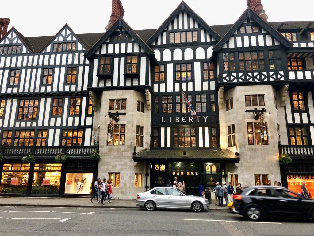 ליברטי, איזה מבנה מרשים, 7 מקומות שאסור לפספס בלונדון