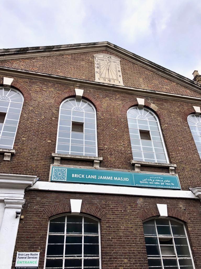 מסגד שהיה בית כנסת שהיה כנסייה, סיור אוכל בלונדון