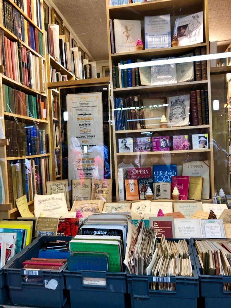 אחת החנויות ברחוב שנתן השראה לרחוב דיאגונאל מהספרים