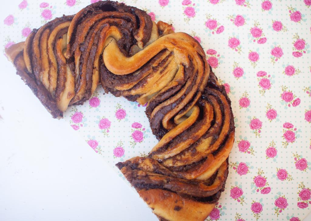 עוגת שמרים שוקולד ללא גלוטן, צילמה: ליליה ויינרוט